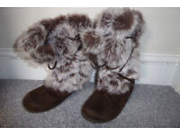 Size 1 cosy boots
