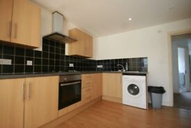 6 Double bedroom student house Blackfriars road 10 minute walk to Portsmouth University PO5 4LN