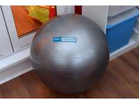 Pro Fitness 65cm Gym exercise ball and pump/deflator