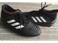 Adidas Predator size 5.5 Football Boots