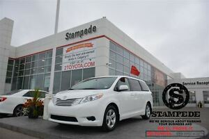 2016 Toyota Sienna LE 8 Passenger-TOYOTA CERTIFIED!!!