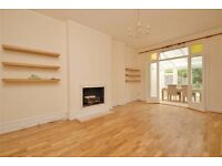 Amazing 3 bed 3 bathroom garden flat on Dyne Road in Kilburn - Available 17/06 - Must see!