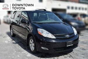 2009 Toyota Sienna LE, FWD, 1 OWNER, POWER SLIDING DOORS