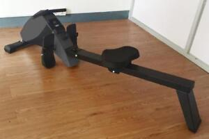 FREE SHIPPING - BRAND NEW SILENT ROWER IN BOX! WITH A COMPUTER and 10 levels of magnetic resistance