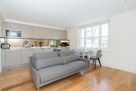 Renovated 1 bed in Covent Garden W1 with balcony and close transport links, Soho, Picadilly circus