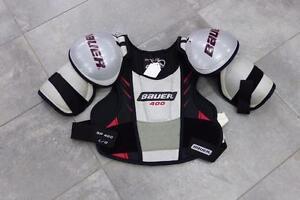 Plastron épaulettes de Hockey Bauer 400 Large  #F019880