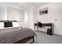 Spacious, fully refurbished double room just minutes from Elephant and Castle tube!!