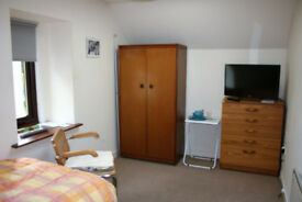 Furnished Single Room to Let Alness High Street