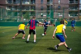 Football players wanted for midday football games in London!
