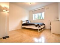 Double room available in the heart of Clapham