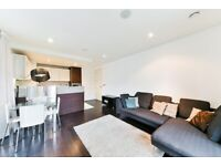 VACANT CHEAP CHEAP FURNISHED LUXURY LARGE 3 BEDS 2 BATHS IN CANARY WHARF GYM POOL E14 MB