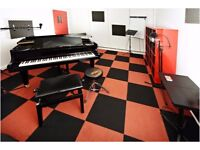 Recording engineer in a welcoming recording studio. Record your track, EP or album
