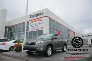 2012 Toyota Highlander V6 SR5 Upgrade w/Leather-TOYOTA CERTIFIED