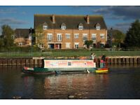 Luxury B&B Accommodation overlooking the Gloucester Canal
