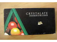 Crystalate snooker and billiards balls. In original box. Size 2 inch. Good condition.