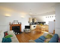 ***SW2***Modern Conversion***2 Bed***New Bathroom***New Wood Floors***Large Communal Garden