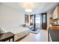 MODERN STUDIO 2 Minutes Walk From South Kensington~ROYAL ALBERT HALL~IMPERIAL COLLAGE~