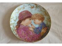 Edna Hibel Mother's Day Plate