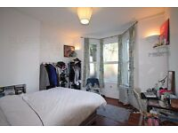 [2 BED FLAT] SEPARATE KITCHEN - PATIO - CLOSE TO TRANSPORT LINKS SW2