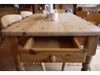Farmhouse rustic solid waxed pine table and chairs x 6 fiddleback 6 Seater table