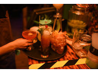 BUBBLY WAITRESS WANTED! Cocktail Bar. Central London. Part-time & Full-time Available!