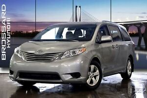2016 Toyota Sienna LE 8 Passenger BLUETOOTH A/C