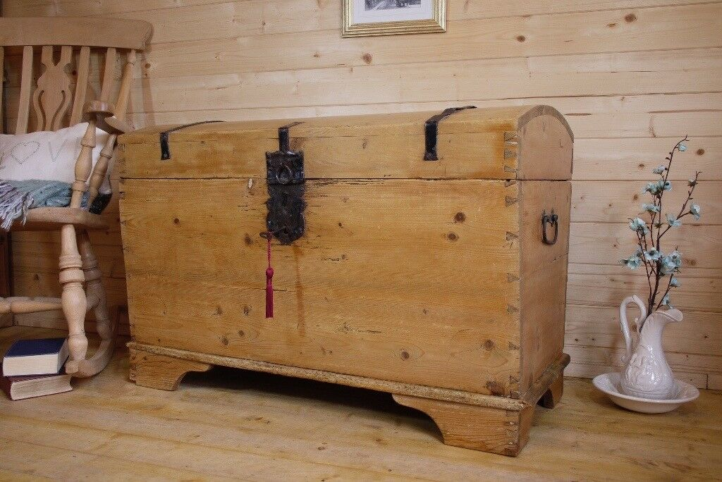 Very Old Solid Waxed Pine Wood Old Wooden Sea Chest Trunk Ottoman Storage  Box