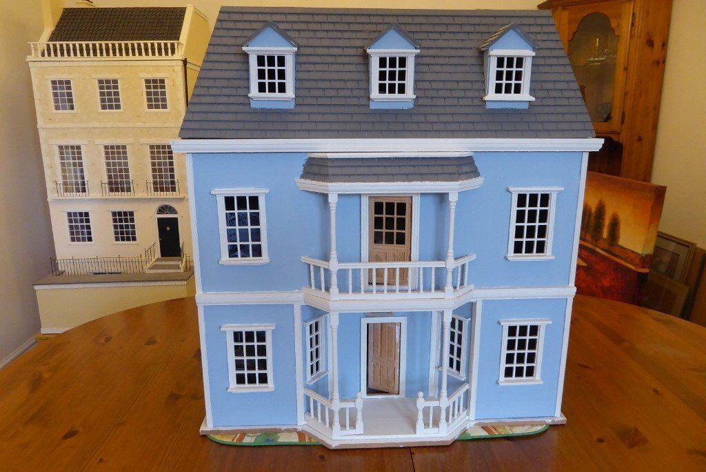 Collectors Dolls House   Georgian Style, Includes Some Furniture,  Electrics. Unfinished Project