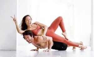 NEW ALO YOGA - HIGH WAIST LEGGINGS - S,M,L - WWW.GYMMET.CA