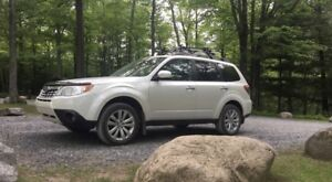 2011 Subaru Forester X Limited Full Équipée
