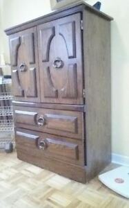 Armoire (Pick up only)