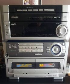Aiwa hi fi system with 2 speakers