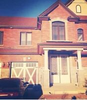 ALLISTON- room rental available next to Honda! Females only!