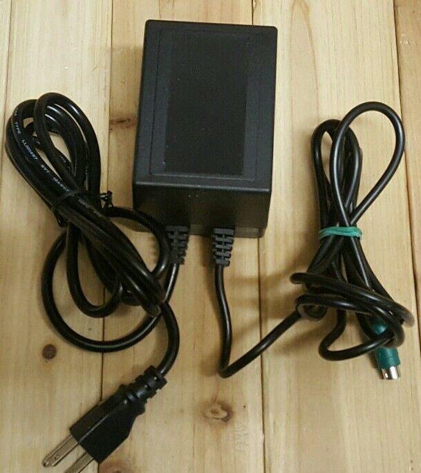 DESK TOP POWER TRANSFORMER MODEL: 250-C2 PART NO: 950-302685