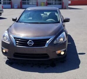 For sale Nissan Altima 2.5 SV in perfect condition!