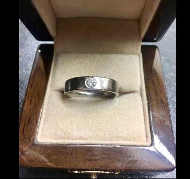 Men's 18carat white gold with .3 carat diamond ring