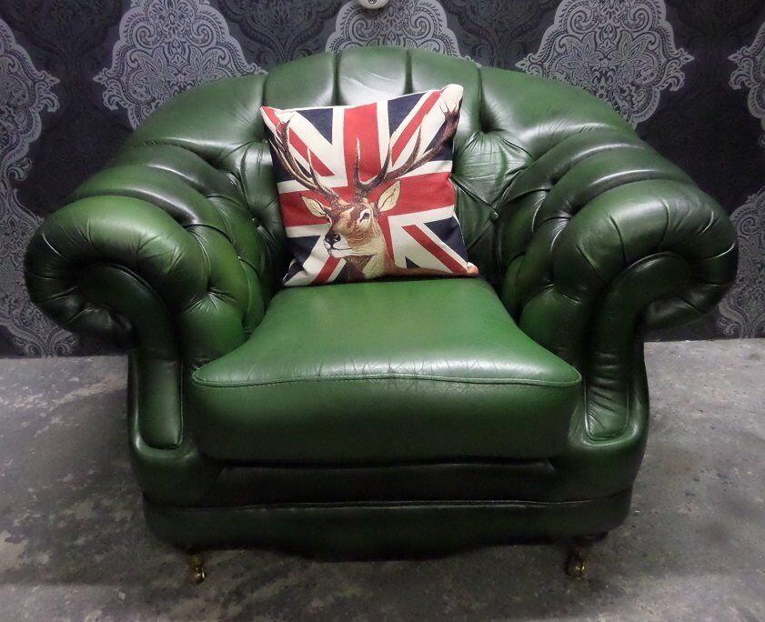 Beautiful Chesterfield Large Club Arm Chair Thomas Lloyd Green Leather Delivery