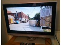 Philips 26inch HD freeview 2hdni & remote