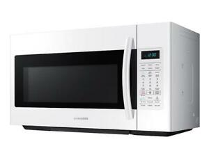 BRAND NEW MICROWAVE SAMSUNG MOD ME18H704SFW/AC WHITE WITH WARRANTY!