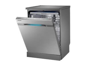 Samsung 24-in Chef Collection Stainless Steel Built-In Dishwasher