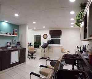 Hanover Salon for sale/Time for you to move north! London Ontario image 3