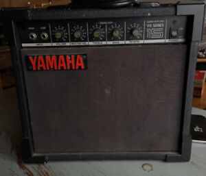 Vintage bass amp for sale for the rockstar in your life.