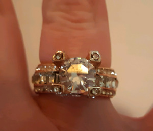 Luxury woman's fashion 18k rose gold filled white sapphire ring