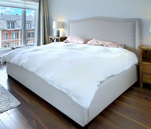 QUEEN BED W/LINEN UPHOLSTERY+STUDS AROUND THE FRAME