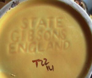 STATE GIBSONS ENGLAND TEAPOT YELLOW WITH GOLD OVERLAY Stratford Kitchener Area image 3