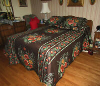 Beautiful Floral Bedspread & Pillow Shams - For a Double Bed