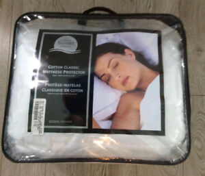 Brand new queen size mattress protector pad. $30.00