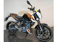 2016 66 KTM DUKE 125 ABS WHITE ORANGE SUPERMOTO TRADE SALE 7K LEARNER LEGAL CAT