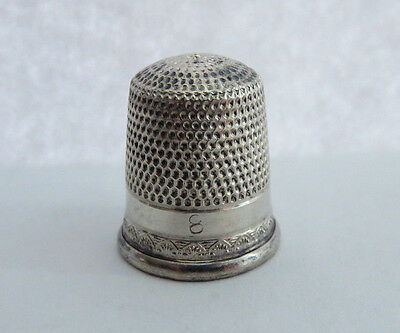 ANTIQUE SIMONS STERLING SILVER SIZE 8 THIMBLE