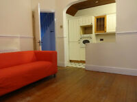 Lovely, spacious and newly furnished 2/3 bedrooms